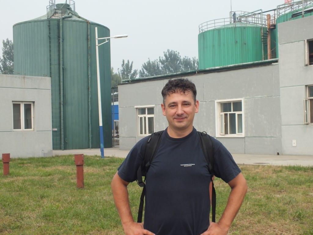 Profesor Jacek Dach
