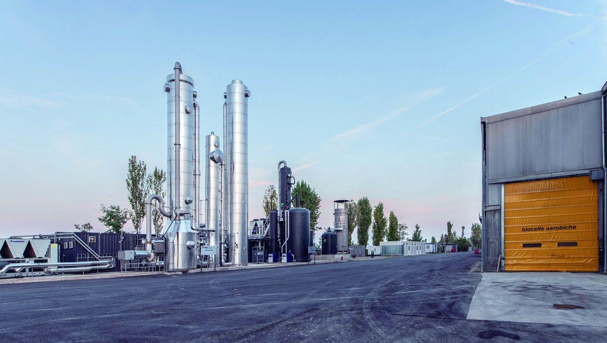 HERAmbiente – włoski koncern specjalizujący się w odzyskiwaniu i przetwarzaniu odpadów komunalnych, dystrybucji i sprzedaży energii, ciepła oraz gazu.