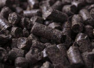 czarny pellet