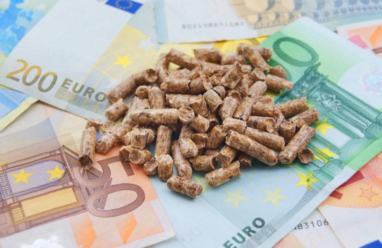 Od czego zależy cena pelletu?